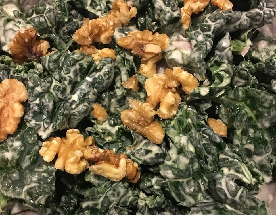 Kale salad with walnuts